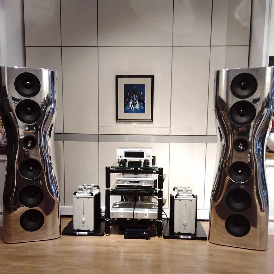 T+A M 40 и акустические системы KEF Muon